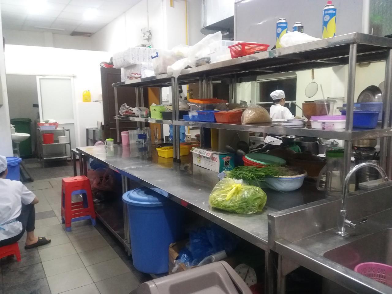 Khu bếp trông sạch sẽ và gọn gàng hơn sau khi diệt côn trùng