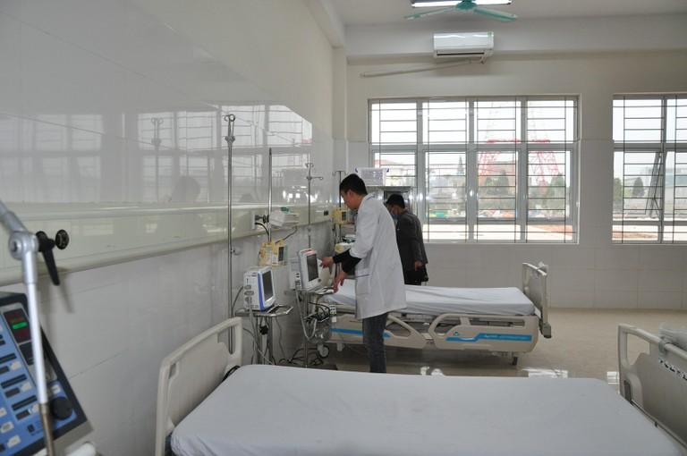 Phòng trị, khám chữa bệnh cần được diệt sạch côn trùng và vệ sinh thường xuyên